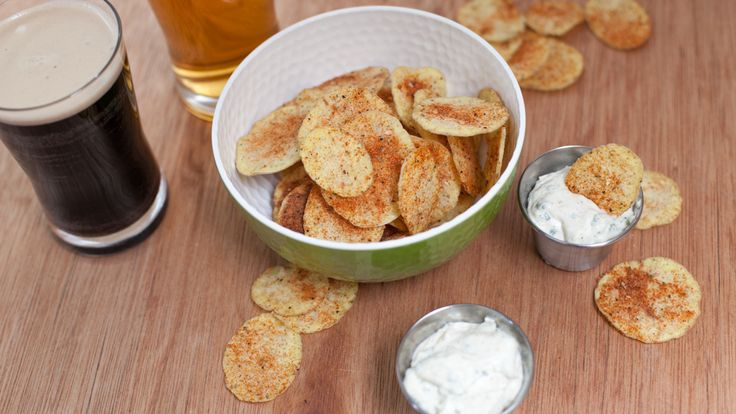 WOW Healthy #Potatochips in minutes! 4 minutes Potato #Chips  5 MIN PREP 8 - 9 MINUTES 140 CALORIES Get the #recipe here: https://carolferguson.epicure.com/en/recipe/4684