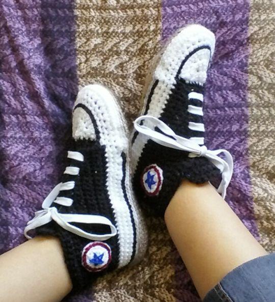1b6a3af39b12 Converse-style Slipper Socks
