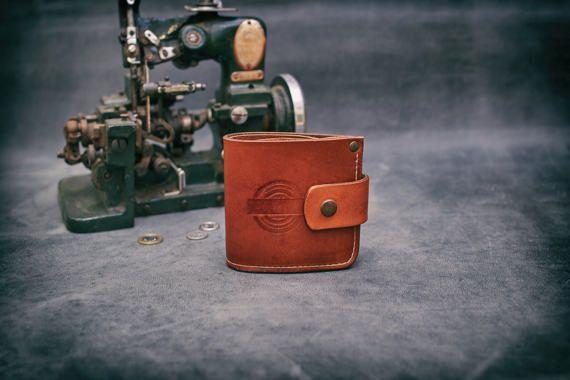 Handmade leather unisex Brown color Wallet Card holder Ladybuq