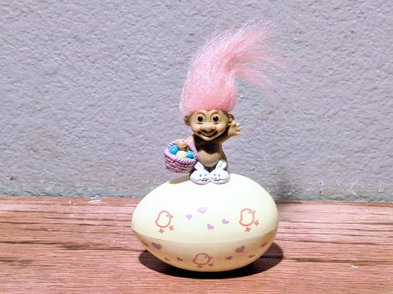 Vintage 1980s troll doll with Bright Pink Hair. Very cool item for your collection. Please see our other vintage figurines. ALL ITEMS ARE 30-70% BELOW RETAIL BOOK VALUE. WE ARE 1 OF THE LARGEST SPORTS CARD AND COLLECTIBLES DEALERS IN THE U.S.A. WITH OVER 3 MILLION ITEMS SOLD SINCE