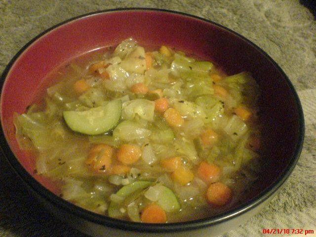 Weight Watchers Garden Vegetable Soup 0 points, eat as much as you want!