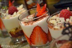 Uhiesig: Crema di fragola e lamponi e diversi frutti
