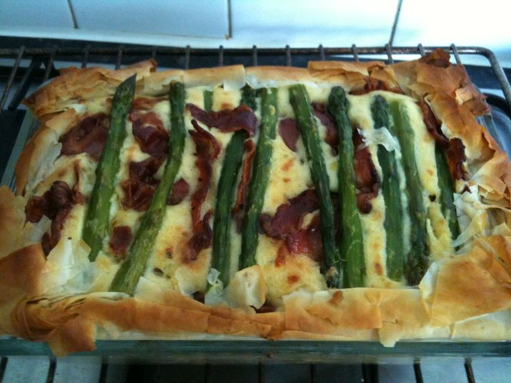 Asparagus and bacon tart with filo pastry