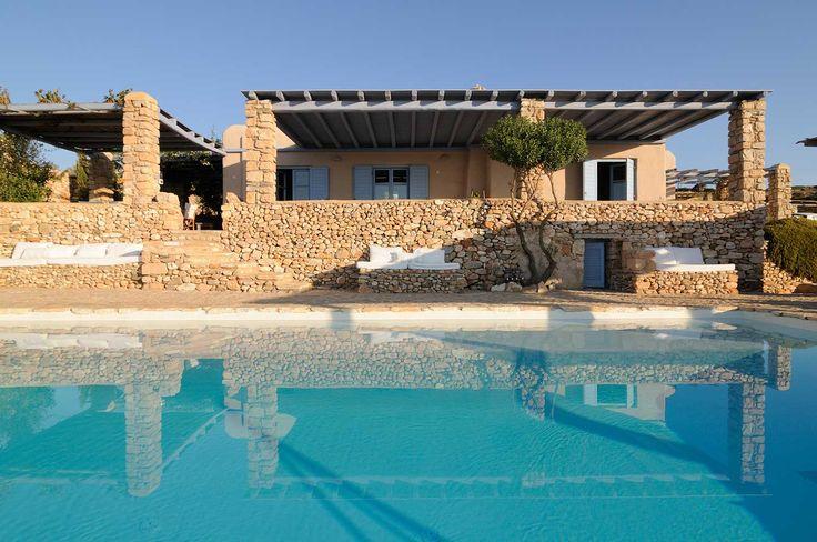 Luxury villas by the Aegean Sea! Makria Miti Estates - Paros, Greece http://makriamiti.com/