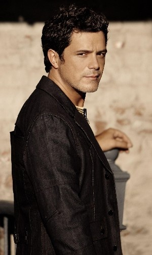 Alejandro Sanz is a Spanish singer-songwriter and musician. Sanz has won a total…
