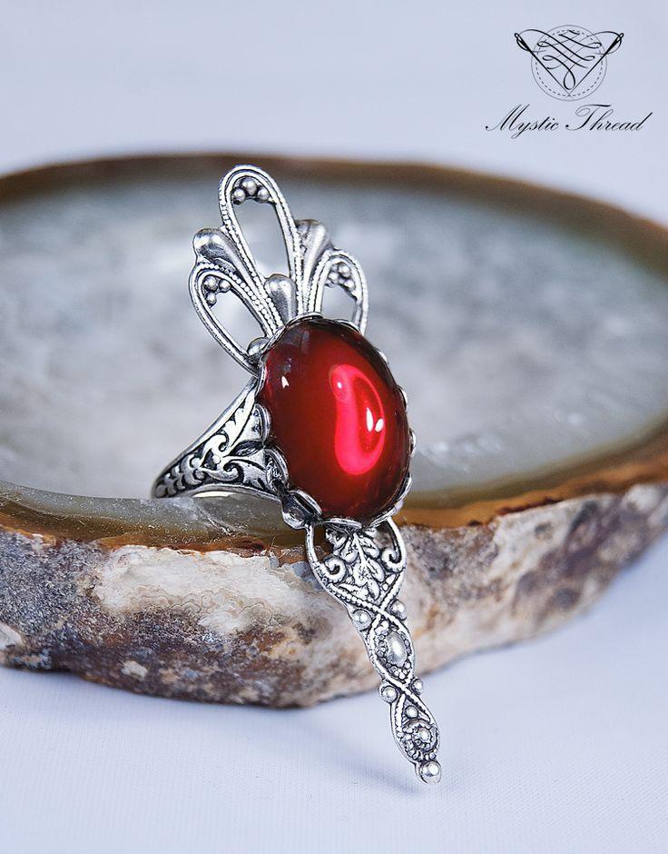 Ruby gem gothic victorian adjustable ring / e-shop: www.mysticthread.com / facebook: www.facebook.com/mysticthread.ltd  #gothicring #victorianring #rubyring #gothicjewelry #victorianjewelry #adjustablering #mysticthread #adjustable #ring #jewelry #accessories #vintage