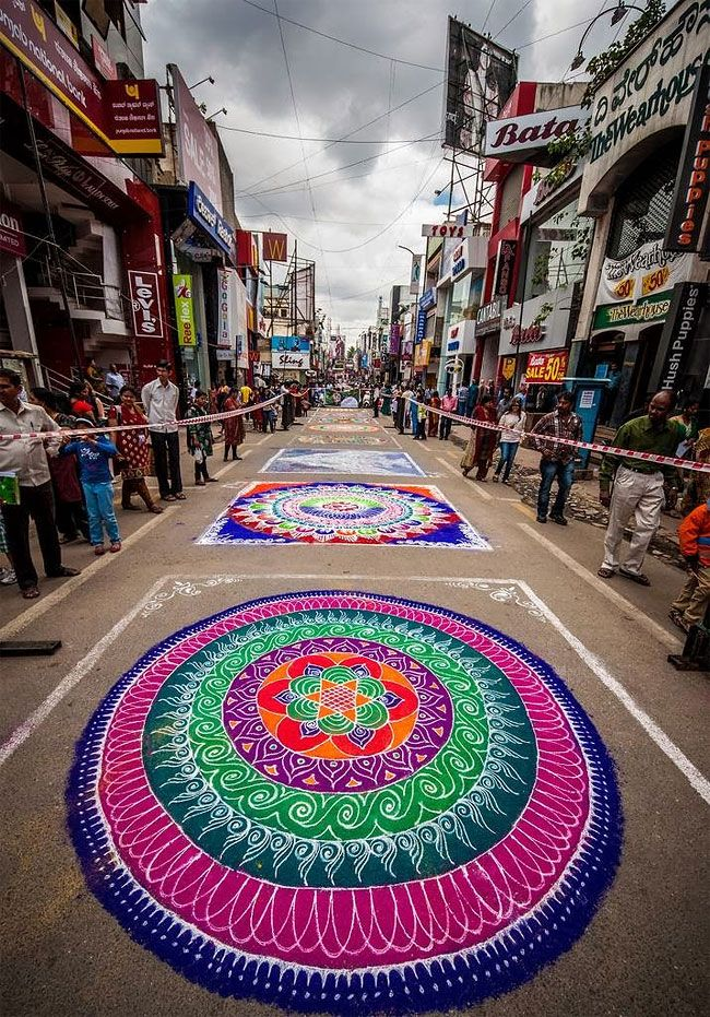 "Indian Folk Art ""Rangoli"" Uses Colorful Flour and Rice in Stunning Designs - My Modern Met"