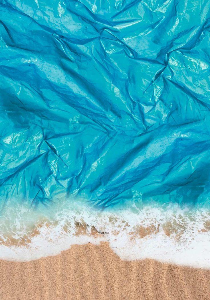"""creativteam communications GmbH Werbeagentur Hannover   Das Plakatfestival """"Mut zur Wut"""" hat sich in wenigen Jahren internationale Beachtung erarbeitet. Bei diesem Wettbewerb sind die Kreativen aufgefordert, ihre Wut über Missstände mit mutigen Plakat-Motiven deutlich zu machen. Unser Titel: """"Drowning in Plastic"""" ist unter den Top 30 gelandet."""