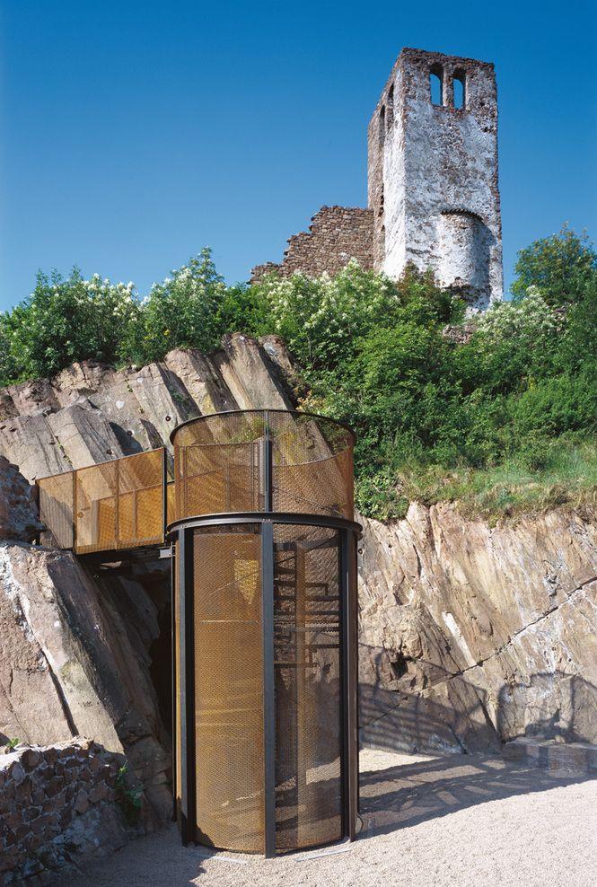 Sigmundskron castle renovation