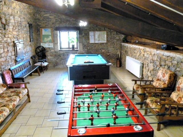 Casa Rural Apezetxea-sala de juegos-arruitz-larraun-navarra