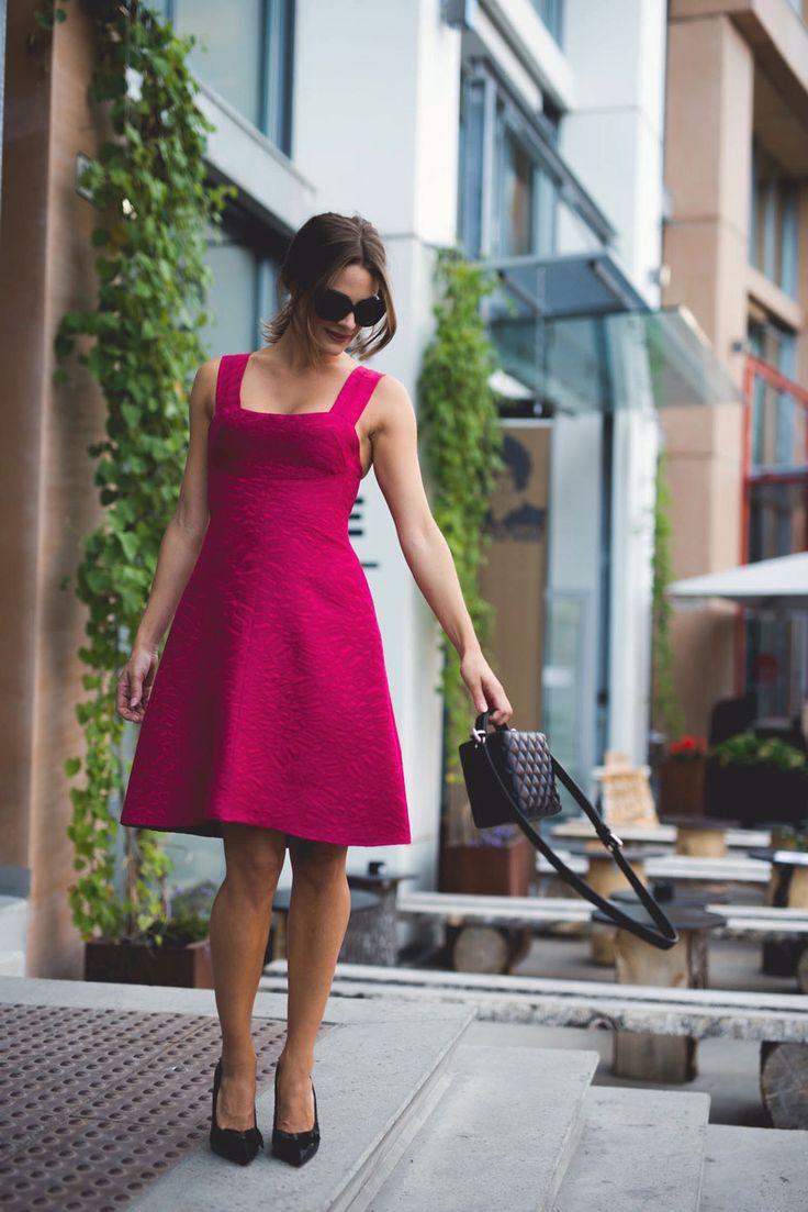 Jenny Skavlan sy om: Lær å sy om et par ermer til stropper