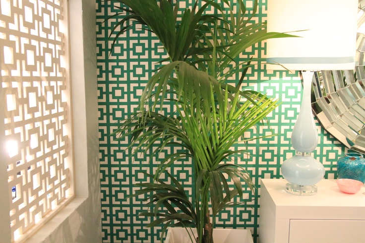 Tropical House Project by Ana Antunes - for Tv Makeover Show Portugal, geometric wallpaper, coral pillow,