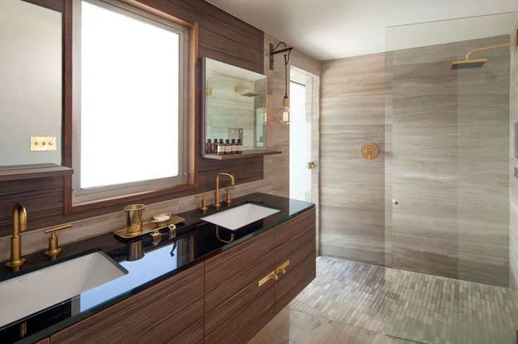 A bathroom at L'Horizon Resort and Spa in Palm Springs, California by Steve Hermann Design. Photography by Jim Bartsch.