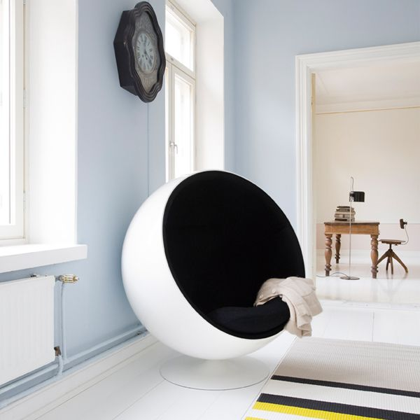 17 best images about funky furniture on pinterest day bed stainless steel - Ball chair by eero aarnio ...