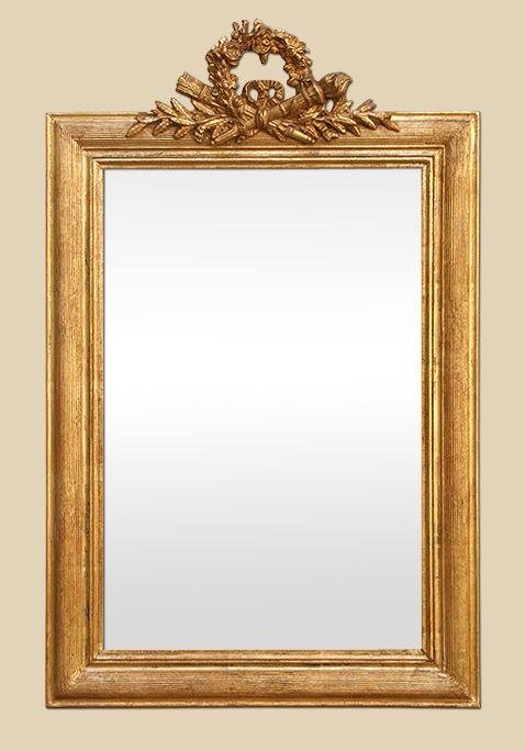 Miroir doré à coquille style Louis-philippe doré patiné
