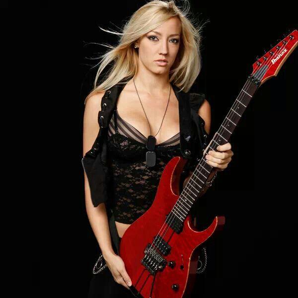 Nita Strauss - The Iron Maidens