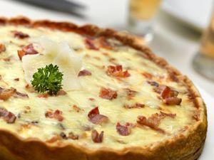 Quiche de cebolla bacon y queso