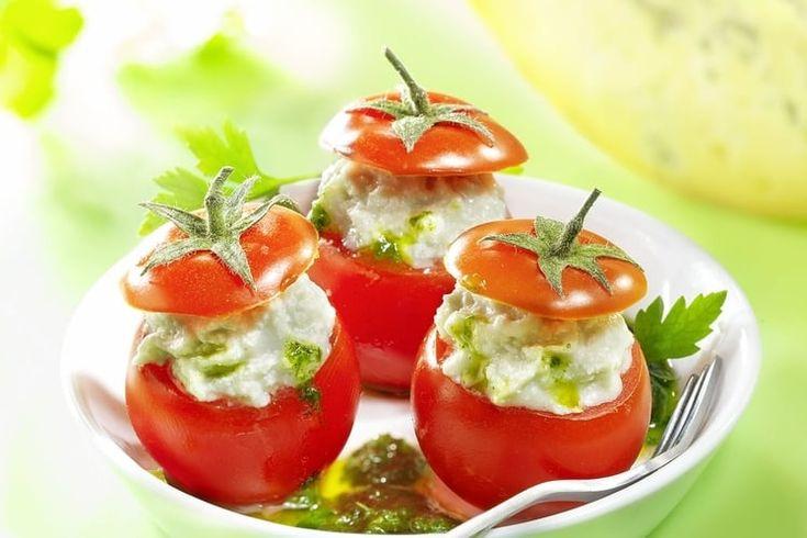 Tomates cerises farcies à la Fourme de Montbrison et son coulis de persil
