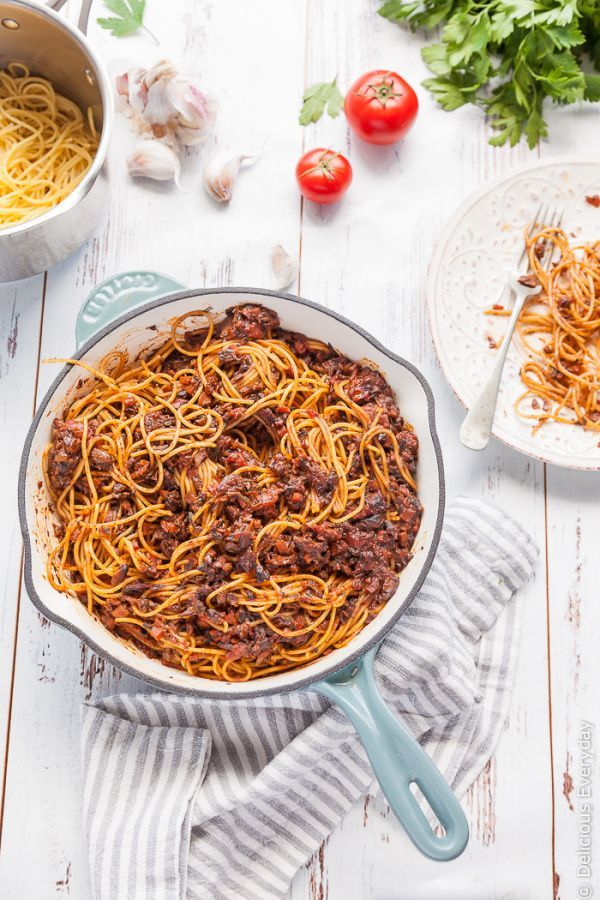 This fun vegan and vegetarian spin on the Italian classic, Bolognese, uses mushrooms for a rich, delicious sauce that is sure to please the whole family!   Get the recipe at DeliciousEveryday.com