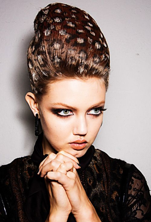 Lindsey Wixson Backstage Jean Paul Gaultier Haute Couture Winter...
