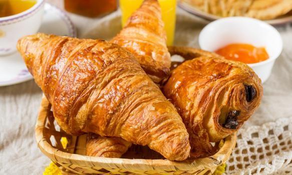 Croissant Francês, aprenda a fazer a receita original do pão!  #pão #bread #croissant #delicious #recipe #receita