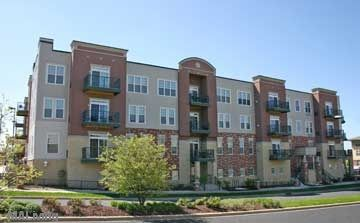 Lions Gate Apartment Homes - 5801 Gemini Drive - Efficiency, 1 & 2 Bedrooms