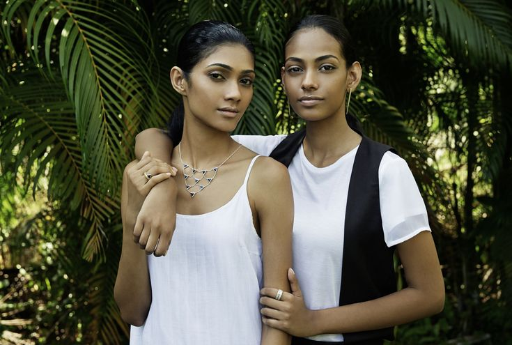 Each piece of KINSFOLK jewelry is handmade in Sri Lanka – our second home. The highest level of craftsmanship is utilised in every stage of the manufacturing process. All pieces consist of precious metals and gemstones, and are meticulously assembled by hand. The gold-plated pieces are finished in Switzerland, in an effort to guarantee a high-quality and durable product. http://shop.kinsfo.lk/