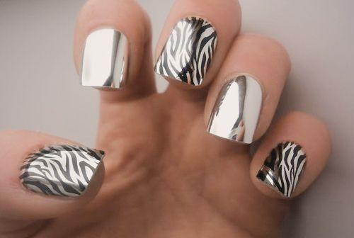 nails: Zebras Stripes, Nails Art, Nails Design, Animal Prints, Zebras Prints, Nails Polish, Zebras Nails, Chrome Nails, Prints Nails