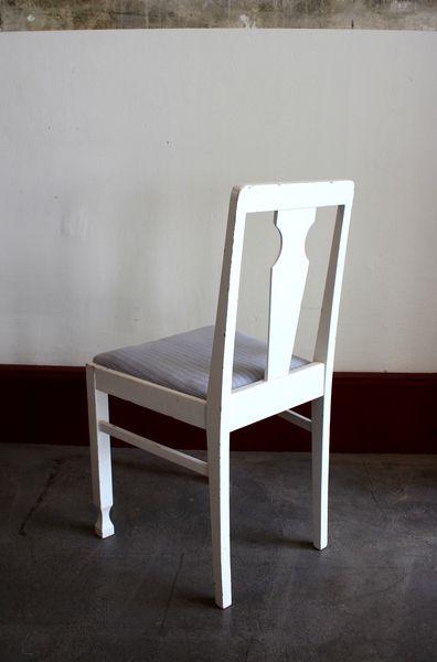 20er jahre k chenstuhl aus schweden stuhl vintage von stattfein auf stattfein. Black Bedroom Furniture Sets. Home Design Ideas