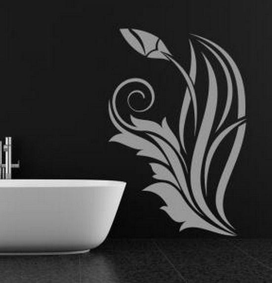 Контрастный рисунок в интерьере черной ванной
