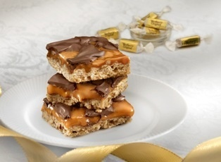 Caramel Pecan Turtle Bars ~ made with Werther's Caramels