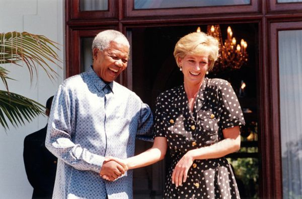 Nelson Mandela met with Princess Diana in Tuinhuis in 1997 March