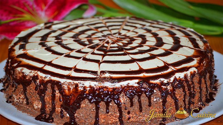 Tort cu ciocolata alba si ananas (reteta video)