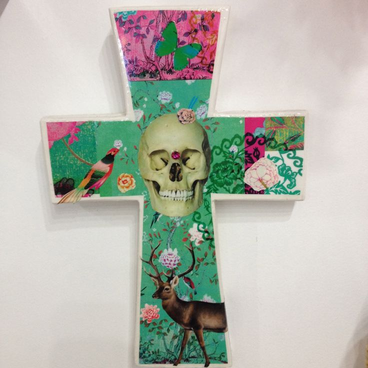Hand made Skull cross by Skullamour