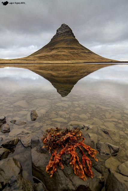 Kirkjufell la iglesia montaña de #Islandia