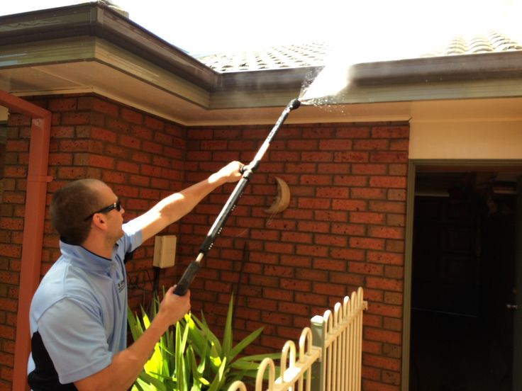 1 of the 100s of houses Go Cleaning wash every year :)