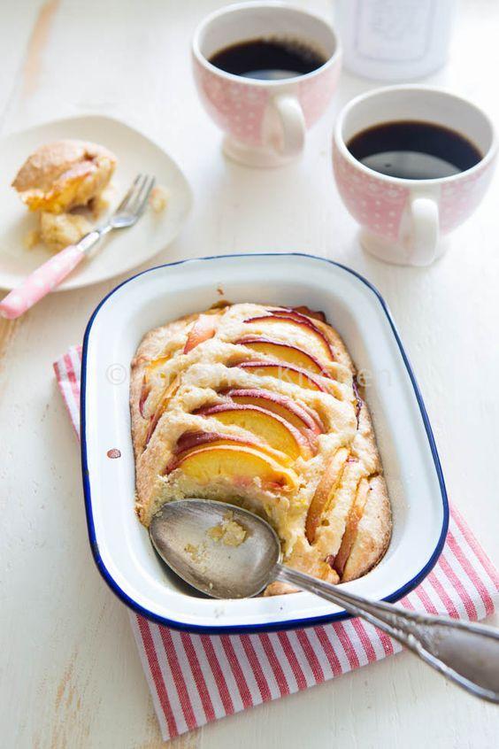 Nectarine amandel cake