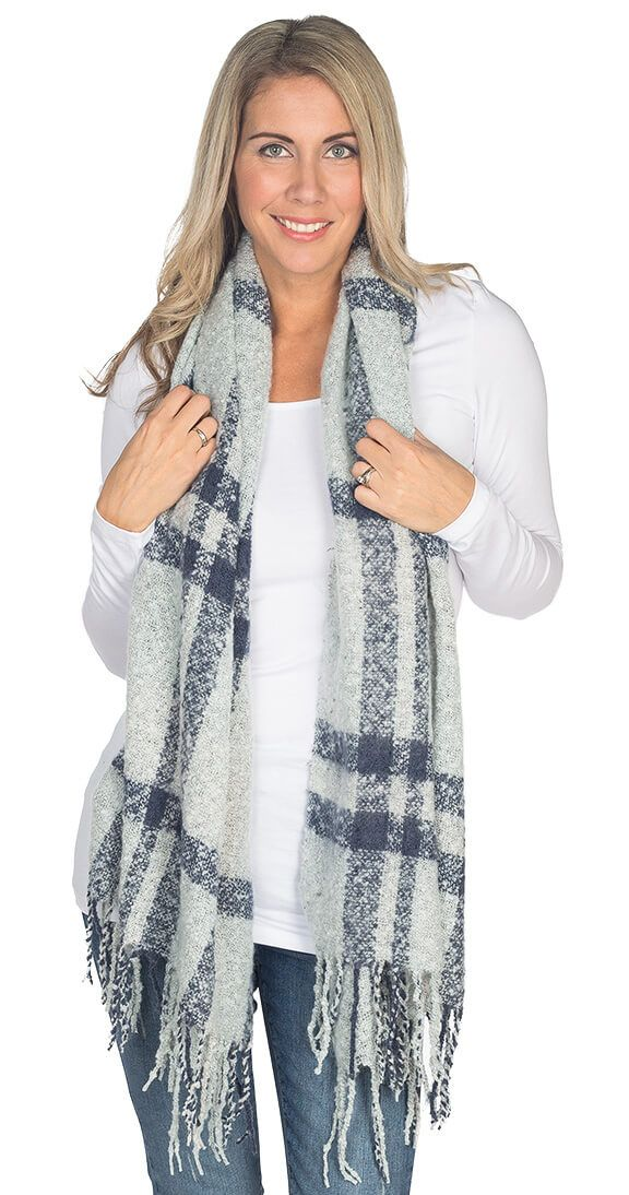 Silver Icing  Double Check Scarf #silvericing #scarf #fallfashion2017 #fallfashion #style #completethelook #cozy #ootd #checkscarf #trendy