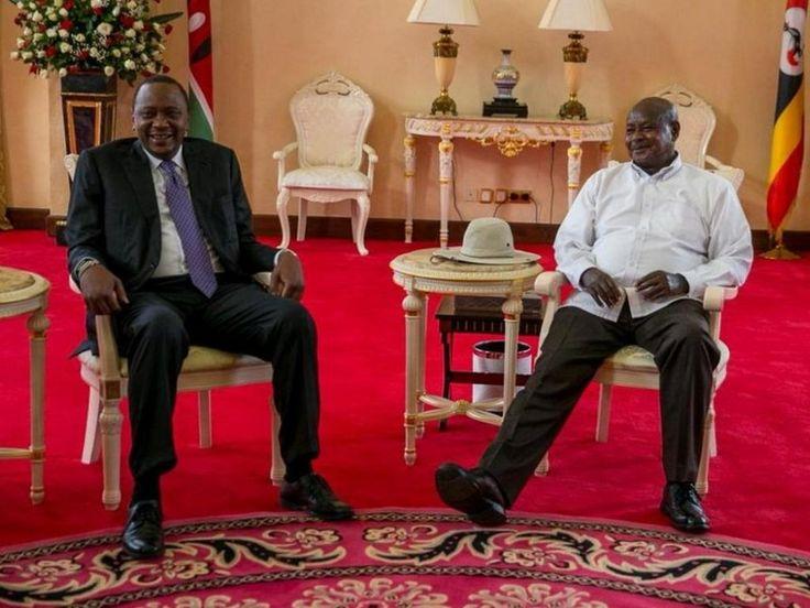 President Uhuru Kenyatta and his Ugandan counterpart Yoweri Museveni at Entebbe State House, November 19. /PSCU by #bincoafrica
