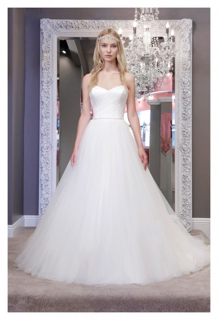 "The Winnie Couture wedding dresses 2016 collection are all about the red carpet-style sparkle, with sophisticated glamour and timeless elegance in each of these radiant styles! This Beverly Hills-based designer ""blends femininity and luxury to create bridal attire silhouettes that are flattering and timeless,"" while bringing modern charm to a whole new level. Check out […]"