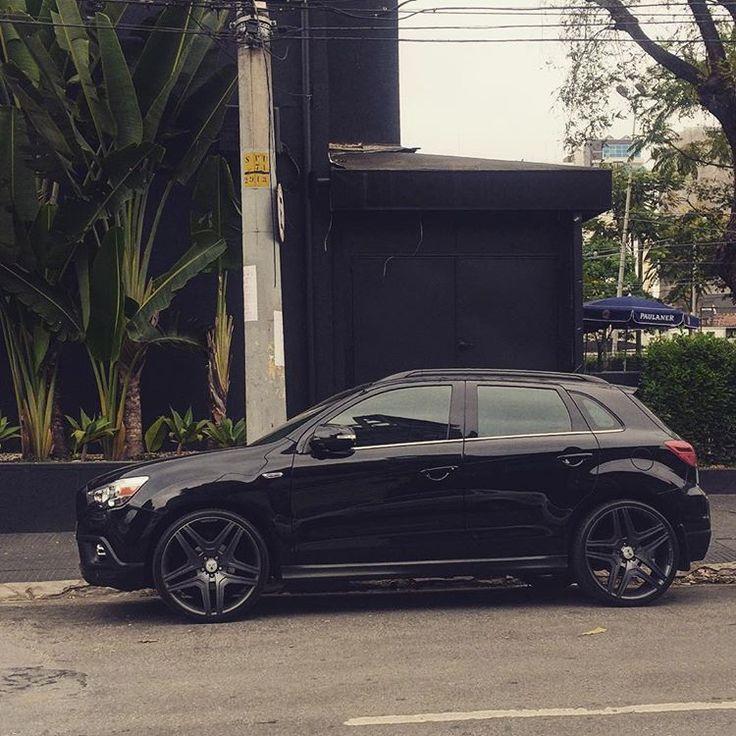 Que chapado essa Mitsubishi ASX com rodas de meca muito top! #mitsubishi #asx #aro20 #top #instacar #carro #coisadecarro #rebaixados #pregados #suvbaixo #suv