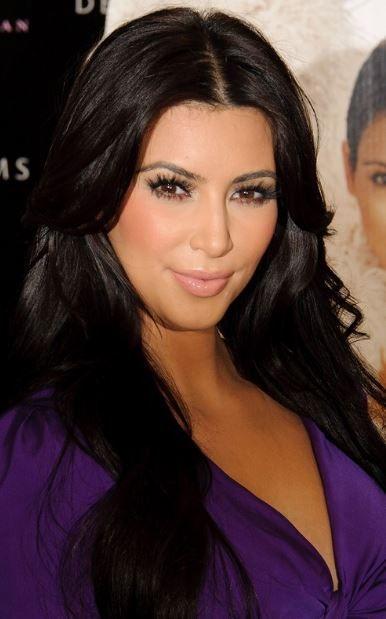 Kim kardashian dip boyası siyah saçlar