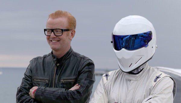 Перезапуск Top Gear с новыми ведущими оказался провальным  Лондон (Великобритания), 31 мая. Зрители перезапущенного автомобильного шоу Top Gear не одобрили новых ведущих и посчитали первый выпуск обновленной передачи скучным. Как сообщает мониторинговая компания Sysomos, большинство зрительских оценок свежего выпуска Top Gear были негативными.  Ведущими перезапущенного шоу стал актер Мэтт Леблан, известный ролью в комедийном сериале «Друзья», и популярный в Великобритании радиоведущий Крис…