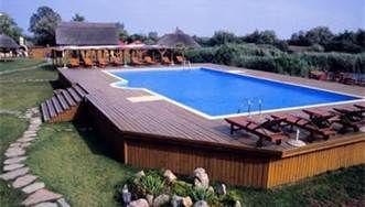Penny Smith's World: Above Ground Pools Decks Idea - Bing Images