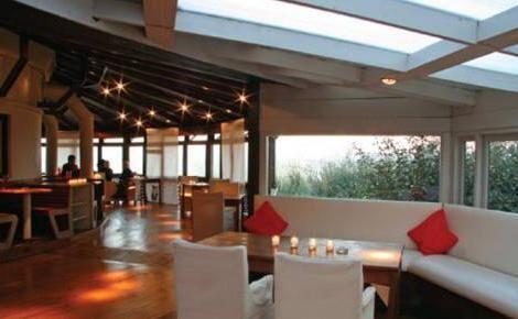 M s de 25 ideas fant sticas sobre bares al aire libre en for Terrazas aire libre