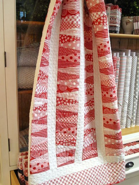 Sweetwater - Mama Said Sew - kit for Mama's Strawberry Pie at Holly Hill Quilt Shop