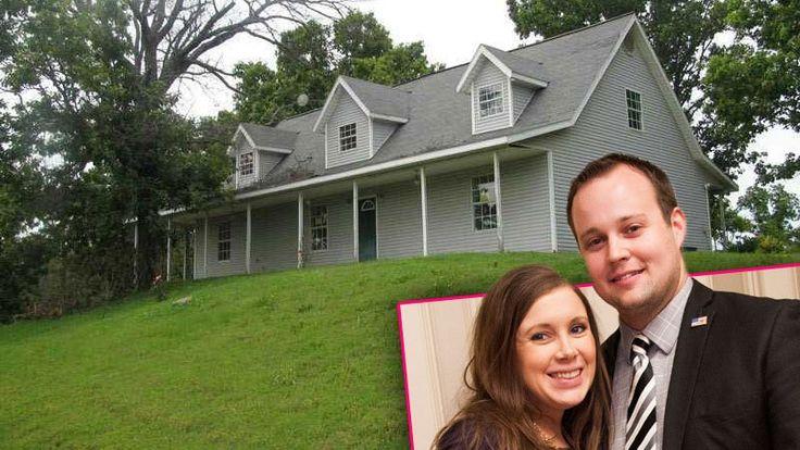 Josh & Anna Duggar Move Back To Arkansas Post-Scandal | Radar Online