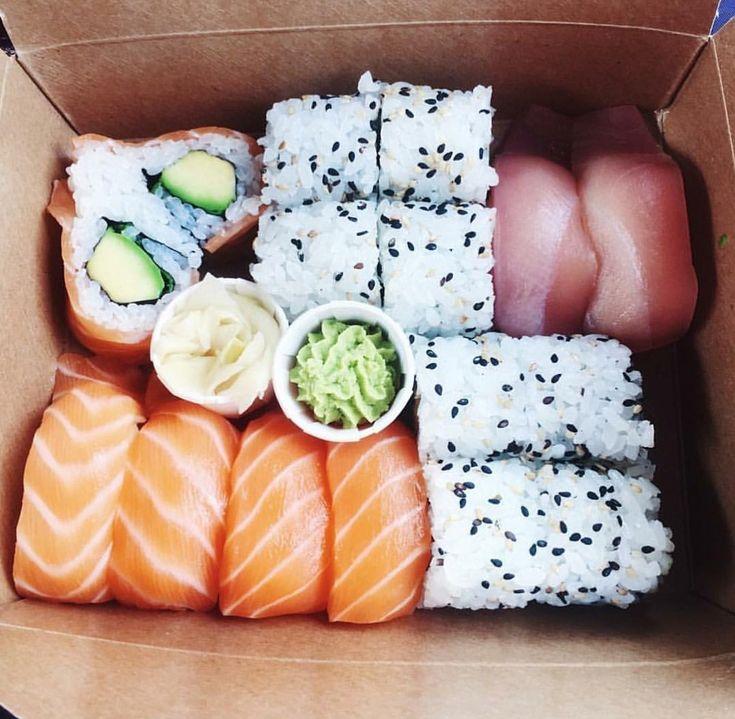 Картинки роллов и суши прикол