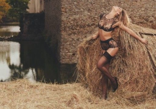 Bar Refaeli w kampanii Agent Provocateur wiosna-lato 2016 Zobacz wszystkie zdjęcia: http://feszyn.com/bar-refaeli-w-kampanii-agent-provocateur-wiosna-lato-2016/   #moda #bielizna #fashion #BarRefaeli #AgentProvocateur #body #summer