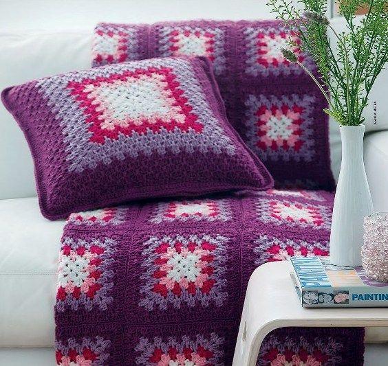 Colcha e almofada em crochê #crochet #grannysquare